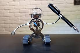 mb u0026f u0027s sherman robot desk clock cool hunting