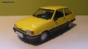 ford focus 1 4 1983 auto images and specification