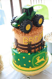 John Deere Home Decor by Best 25 John Deere Cakes Ideas On Pinterest Tractor Cakes