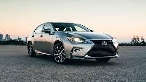 2015 lexus es300h vs es350 lexus es gets a mild makeover for 2016 autoweek