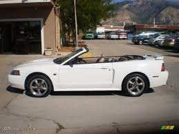 white ford mustang convertible 2001 oxford white ford mustang gt convertible 35427961 gtcarlot