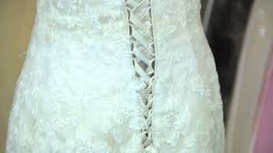 chagne wedding dresses how to change from a wedding dress to clothes wedding