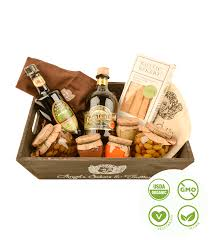 italian gift baskets profumi d olio scents of olive gift basket italian