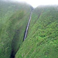 famous waterfalls in the world the 10 tallest waterfalls of the world planetoddity com