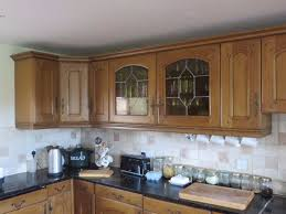 Dark Kitchen Cabinets With Light Granite Granite Countertop White Kitchen Cabinets With Dark Backsplash