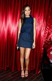 ashley madekwe à la just jared halloween party 2013 on shoppe son