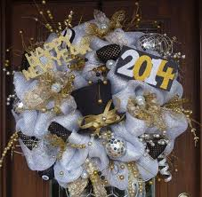 New Year Decorations Pinterest by 10 Best Wreaths New Years Images On Pinterest Wreath Ideas