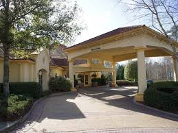 Bargain Barn Willow Springs Nc La Quinta Inn U0026 Suites Raleigh Crabtree Near Crabtree Valley Mall