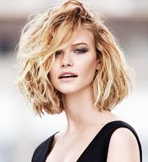 cheveux bouclã s coupe coupe tendance cheveux boucles sedgu