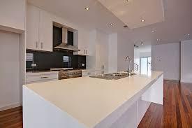 modern white kitchen backsplash 28 modern white kitchen design ideas photos designing idea