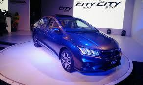 new honda city car price in india honda city 2017 facelift crosses 5 000 bookings in less than 2
