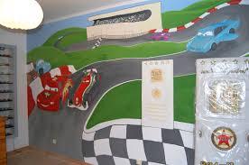 chambre b b cars idee peinture chambre bebe garcon 3 dessin mur cars avec pour de