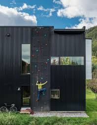 there u0027s a climbing wall on the side of this house in wyoming