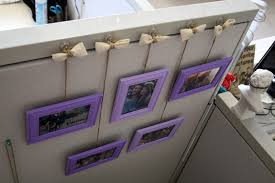 Cute Cubicle Decorating Ideas by Cute Idea To Hang Picture Frames In Cubicle Office U0026 College