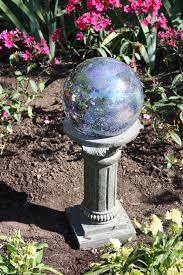 Garden Gazing Globe Adding Art To The Garden Indiana Gardening Enewsletter