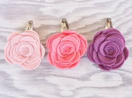 How To Make Flower Hair Clips - diy felt flower hair barrettes for spring the magic onions
