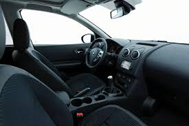 nissan dualis interior the used car guide to the nissan qashqai mk 1 5 dr compact crossover