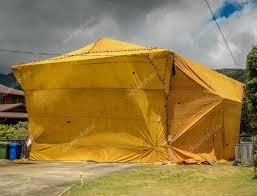 home fumigation pest control tent u2014 stock photo mrdoomits 105113126