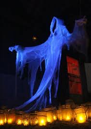 15 spooktacular outdoor halloween decorations jpg best 20 yard haunt ideas on pinterest halloween graveyard