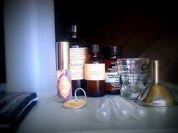 Le Journal Du Parfum How To Make Your Own Perfume Eau De Parfum Sweet Tea Apothecary