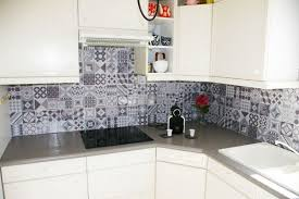 relooker credence cuisine trends diy decor ideas la crédence adhésive gallo de smart tiles