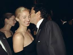 a look back at carolyn bessette and jfk jr u0027s romance vogue