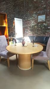 Round Expandable Dining Table Expandable Round Dining Tables 25 Best 25 Expanding Round Table Ideas On Pinterest Capstan Table