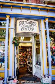 Kansas travel books images The dusty bookshelf kansas usa bookshops pinterest kansas jpg