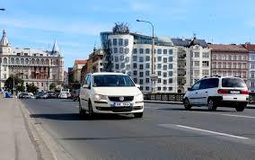 bureau des immatriculations la république tchèque introduit la plaque d immatriculation