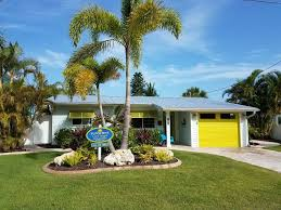 beach house on gulf canal boat dock homeaway anna maria