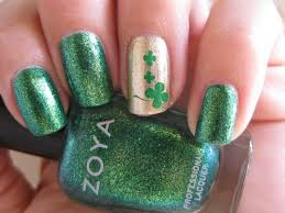 baby green nails with gold glitter nail art