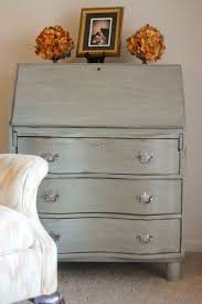 How To Update Pine Bedroom Furniture Painting Pine Furniture Good How To With Behr Paint U0026 Primer