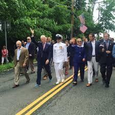 clinton chappaqua bill clinton hillary clinton and gov andrew cuomo marching in