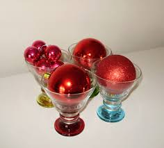 decoration ideas with baubles