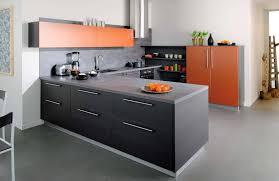 cuisine orange et noir cuisine noir et orange photo 7 10 le mobilier est vraiment très