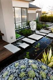 O Brien Landscaping by Gehweg Garten Gestaltung Bodenplatten Ziergras Lücken