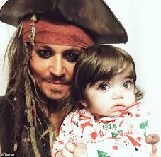 johnny depp dresses pirates caribbean u0027s captain jack