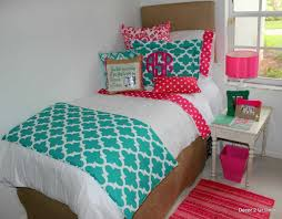 Beach Themed Daybed Bedding Beach Themed Bedding Coral Nauticial Bedroom With Coral Lamps