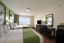 2 bedroom suites in daytona beach fl super 8 by wyndham daytona beach oceanfront daytona beach hotels