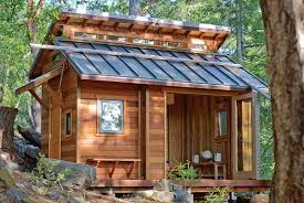 tiny cabin homes 8 huge benefits of living in a tiny house green homes mother