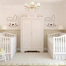 chambre bébé blanc et taupe imaginer meubler et décorer la chambre bébé jumeaux idéale
