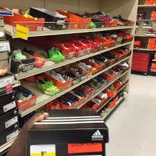 academy sports and outdoors phone number academy sports outdoors 34 photos 23 reviews shoe stores