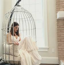 bird cage chair on the hunt