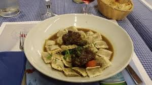 restaurant cuisine nicoise daube niçoise avec les raviolis picture of cafe restaurant de la