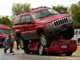 crashed white jeep 25 most funniest car crash pictures that will make you laugh