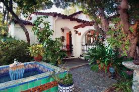 restoring a 1930s spanish house haciendas spanish and fountain