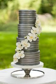 8 unique wedding cake ideas grey weddings wedding cake and metallic