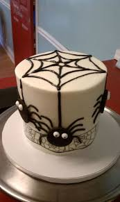 26 Best Top Haunted House Cakes Images On Pinterest Halloween