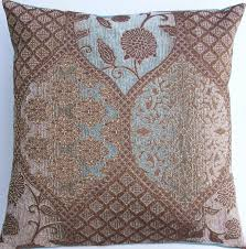 Accent Pillows For Brown Sofa by Throw Pillows Brown Home Design Ideas