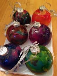 put ornaments in a jar idea tis the season